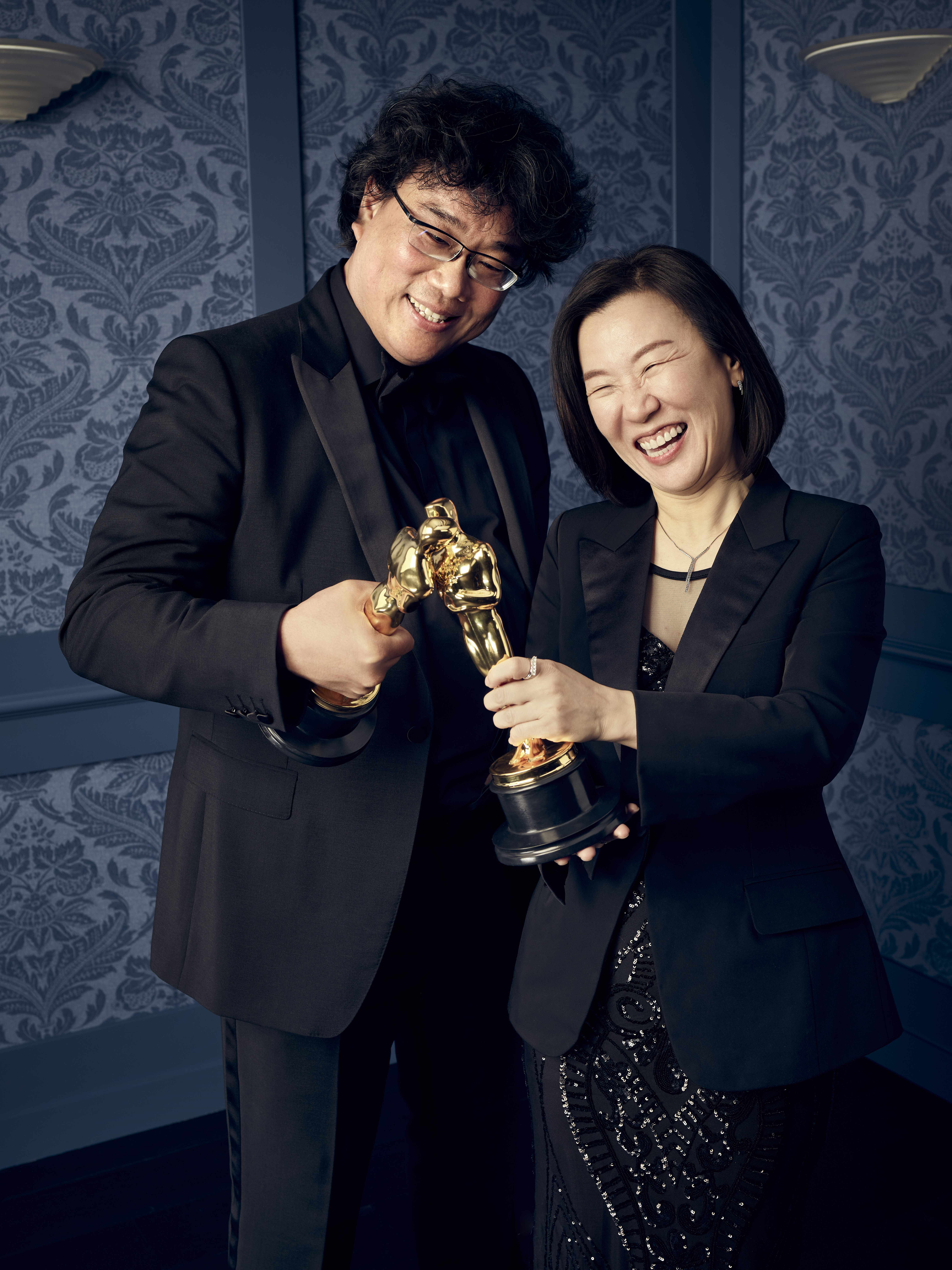 Best Picture BONG JOON-HO and KWARK SIN AE for PARASITE